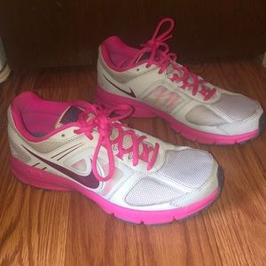 Nike Air Relentless Sneakers - Size 7.5